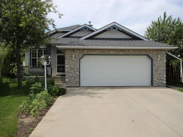 66 Lakeview Bay, Chestermere, AB T1X 1G9 (#C4191905) :: Redline Real Estate Group Inc