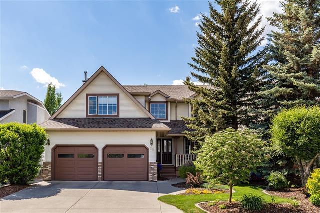 38 Riverview Circle, Cochrane, AB T4C 1K3 (#C4191937) :: Redline Real Estate Group Inc