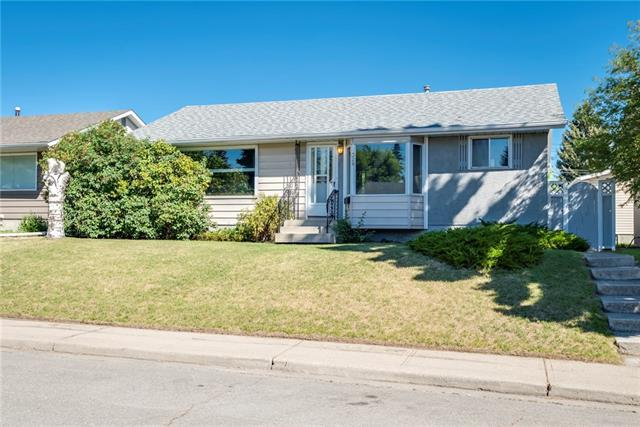 328 Greenfield Road NE, Calgary, AB T2E 5R8 (#C4191955) :: Tonkinson Real Estate Team
