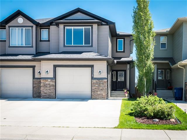 1736 Luxstone Drive SW, Airdrie, AB T4B 0H4 (#C4192165) :: Calgary Homefinders
