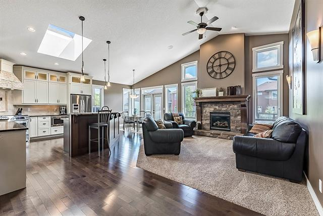 12 Ranchers Green, Okotoks, AB  (#C4192209) :: Tonkinson Real Estate Team