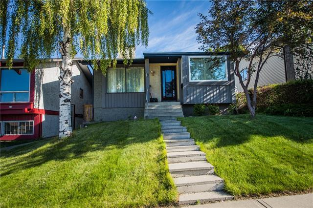 19 Beaconsfield Crescent NW, Calgary, AB T3K 1W5 (#C4192298) :: Your Calgary Real Estate