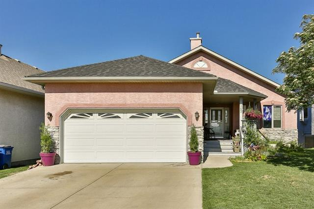 169 Riverview Circle, Cochrane, AB T4C 1K9 (#C4192360) :: Calgary Homefinders
