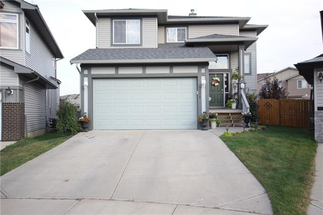 221 Luxstone Green SW, Airdrie, AB T4B 3B5 (#C4192383) :: Calgary Homefinders
