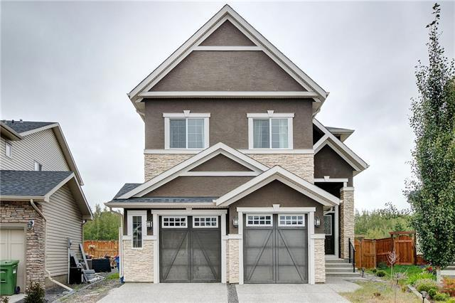 25 Tremblant Terrace SW, Calgary, AB T3H 0B9 (#C4192416) :: Redline Real Estate Group Inc