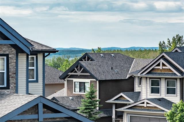 153 Cortina Bay SW, Calgary, AB T3H 0B5 (#C4192453) :: Your Calgary Real Estate