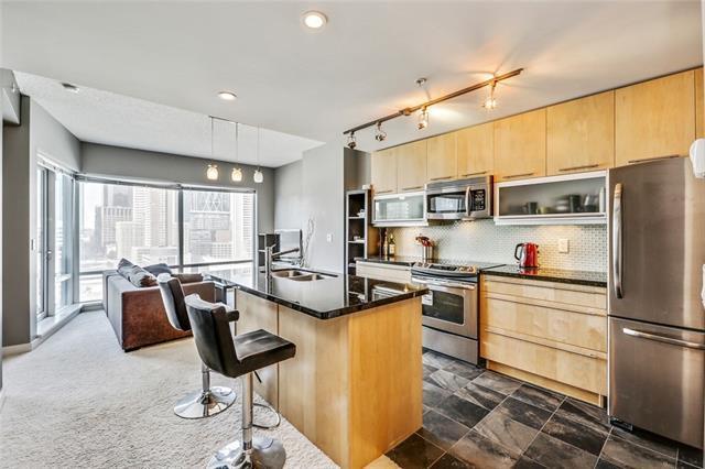 215 13 Avenue SW #1402, Calgary, AB T2R 0V6 (#C4192606) :: Your Calgary Real Estate