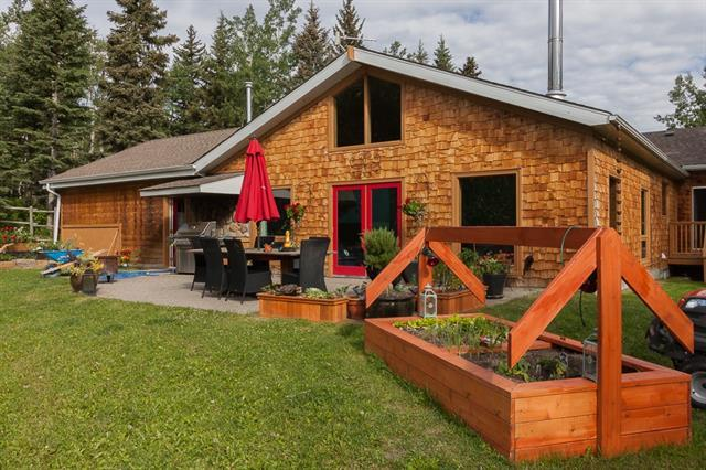 220047 298 Avenue W, Rural Foothills M.D., AB T2J 2T9 (#C4192609) :: Your Calgary Real Estate
