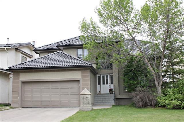 617 Hawkside Mews NW, Calgary, AB  (#C4192649) :: Your Calgary Real Estate