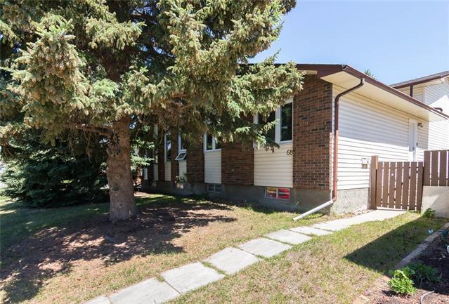 68 Cedarwood Hill(S) SW, Calgary, AB T2W 3H5 (#C4192675) :: Your Calgary Real Estate