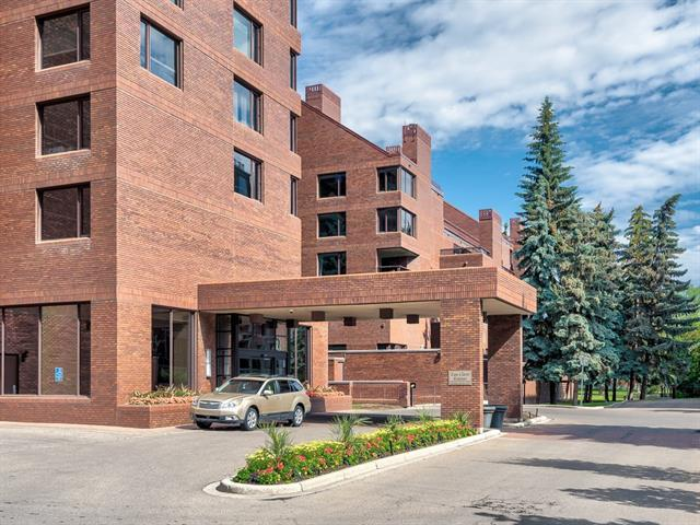 500 Eau Claire Avenue SW 601A, Calgary, AB T2P 3R8 (#C4192692) :: Tonkinson Real Estate Team