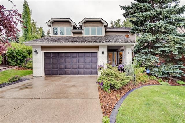 107 Stravanan Bay SW, Calgary, AB T3H 1H3 (#C4192801) :: Redline Real Estate Group Inc