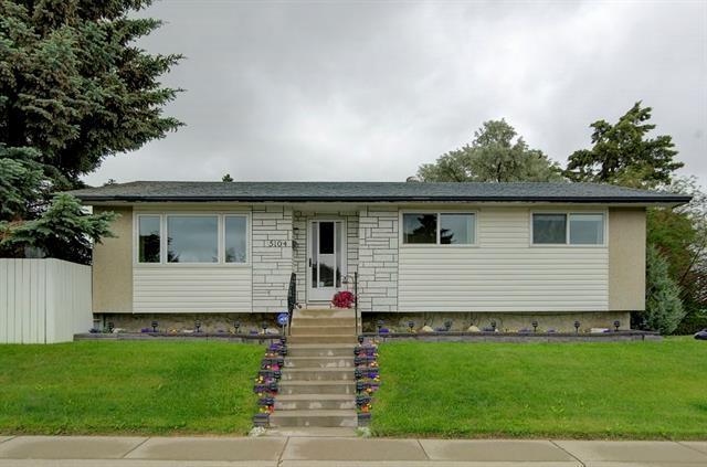 5104 Marshall Road NE, Calgary, AB T2A 2Y9 (#C4192818) :: Carolina Paredes - RealHomesCalgary.com