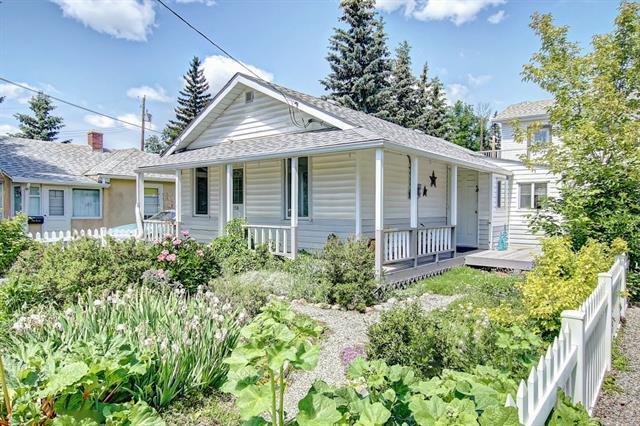 158 Elma Street, Okotoks, AB T1S 1K2 (#C4192896) :: Calgary Homefinders