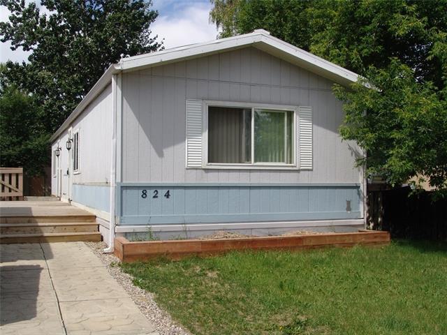 824 Bay Road, Strathmore, AB T1P 1E3 (#C4193014) :: Carolina Paredes - RealHomesCalgary.com