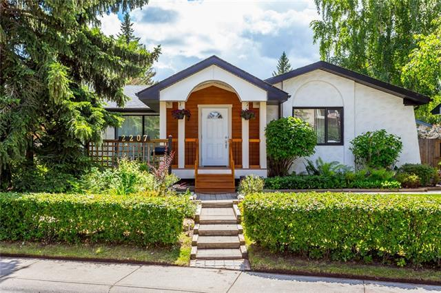 2207 Paliswood Road SW, Calgary, AB T2V 2P5 (#C4193036) :: Your Calgary Real Estate