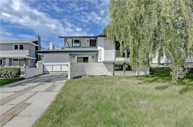 6507 Lakeview Drive SW, Calgary, AB T3E 5T2 (#C4193056) :: The Cliff Stevenson Group