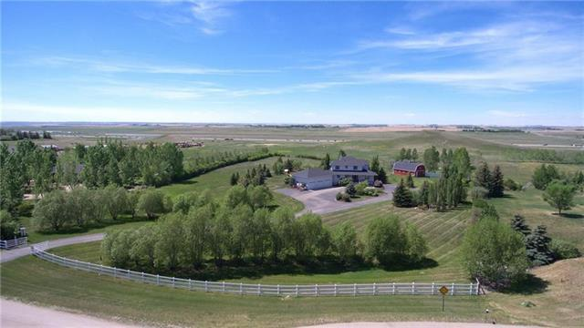 22 Rainbow Boulevard, Rural Rocky View County, AB T4A 0N6 (#C4193059) :: Redline Real Estate Group Inc