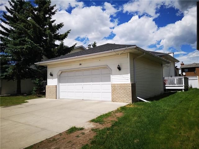 16 Eldorado Close NE, Calgary, AB T1Y 6T2 (#C4193062) :: Carolina Paredes - RealHomesCalgary.com