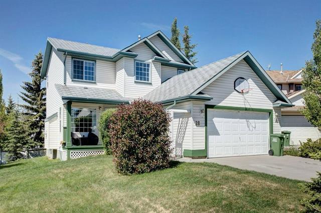 28 West Terrace Close, Cochrane, AB T4C 1R2 (#C4193081) :: Redline Real Estate Group Inc