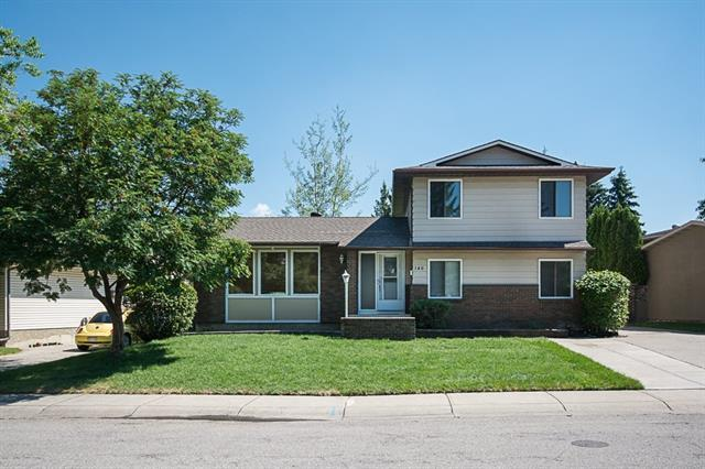 140 Brookgreen Drive SW, Calgary, AB T2W 2T8 (#C4193175) :: Your Calgary Real Estate