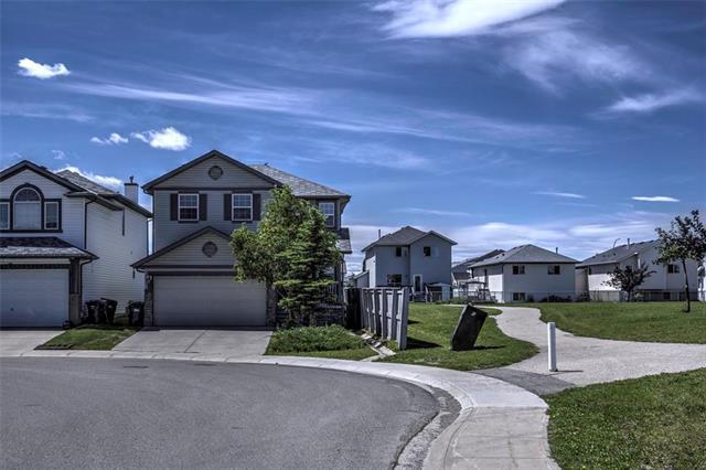 100 Los Alamos Crescent NE, Calgary, AB T1Y 7E9 (#C4193214) :: Carolina Paredes - RealHomesCalgary.com