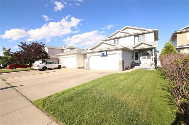 752 Applewood Drive SE, Calgary, AB T2A 7S8 (#C4193221) :: Calgary Homefinders