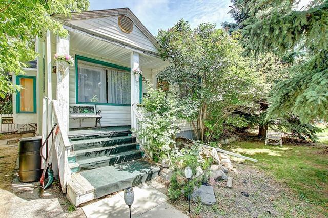 2212 1 Street NW, Calgary, AB T2M 2T6 (#C4193357) :: Tonkinson Real Estate Team