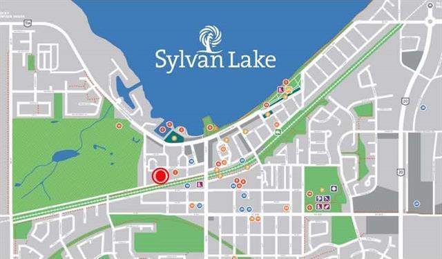 5036 52 Street, Sylvan Lake, AB T4S 1L1 (#C4193412) :: Redline Real Estate Group Inc