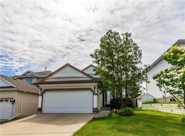 105 Somercrest Circle SW, Calgary, AB T2Y 3H2 (#C4193434) :: Calgary Homefinders