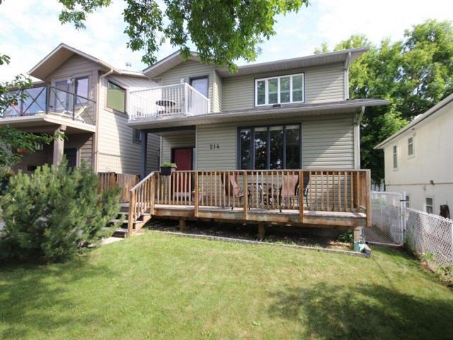 214 30 Avenue NW, Calgary, AB T2M 2N2 (#C4193483) :: Tonkinson Real Estate Team