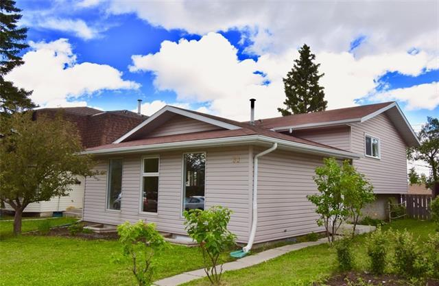 33 Ranchero Green NW, Calgary, AB T3G 1C5 (#C4193825) :: Tonkinson Real Estate Team