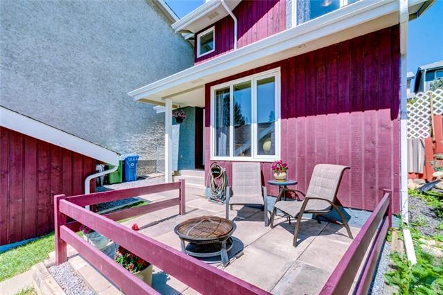 92 Hawkville Place NW, Calgary, AB T3G 2G9 (#C4193900) :: Calgary Homefinders