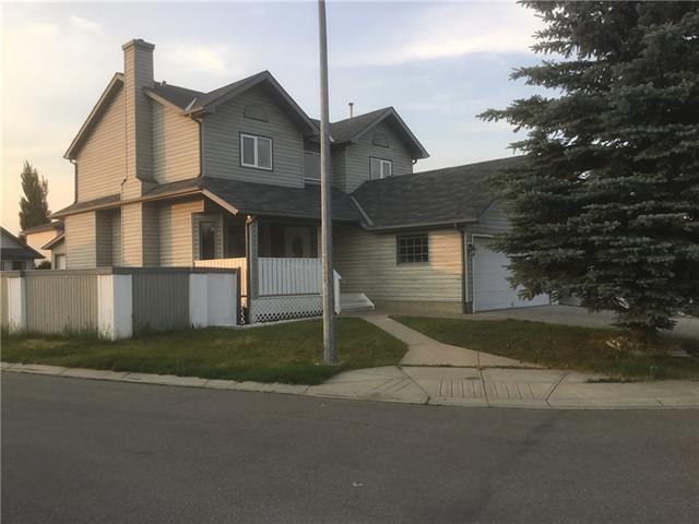 8 Appleridge Green SE, Calgary, AB T0J 3P0 (#C4193910) :: Calgary Homefinders
