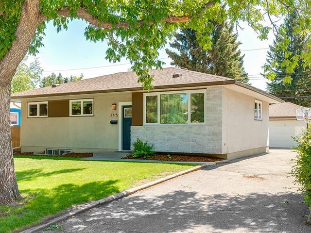 2715 63 Avenue SW, Calgary, AB T3E 5J6 (#C4194002) :: Calgary Homefinders