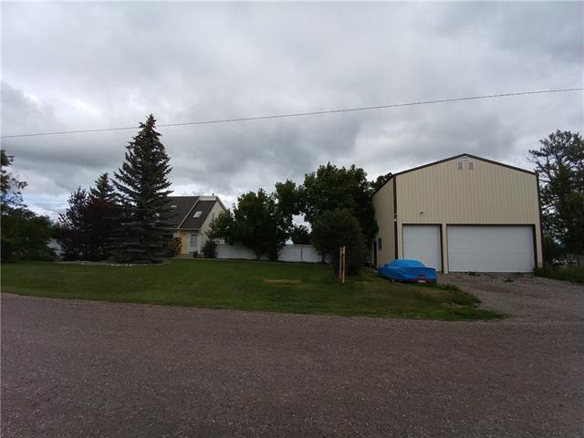 106 Gibson Street, Rural Foothills County, AB T1S 1A1 (#C4194017) :: The Cliff Stevenson Group
