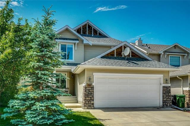 142 Cougarstone Circle SW, Calgary, AB T3H 4W6 (#C4194084) :: The Cliff Stevenson Group