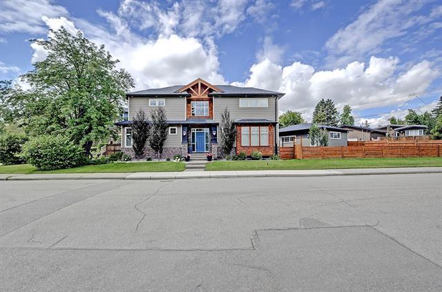 3719 31 Street SW, Calgary, AB T3E 2P6 (#C4194212) :: The Cliff Stevenson Group