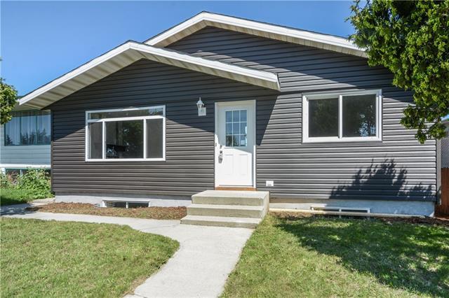 179 Dovely Crescent SE, Calgary, AB T2B 2K9 (#C4194487) :: Tonkinson Real Estate Team