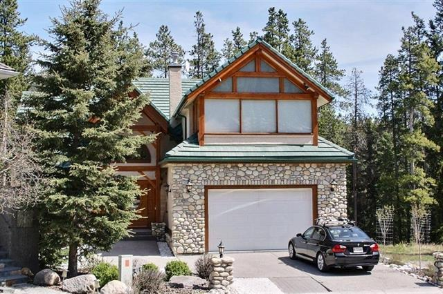 106 Lougheed Circle, Banff, AB T1L 1B9 (#C4194566) :: Canmore & Banff