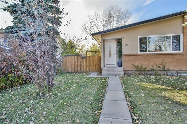 124 Pennsburg Way SE, Calgary, AB T2A 2J5 (#C4194606) :: Your Calgary Real Estate