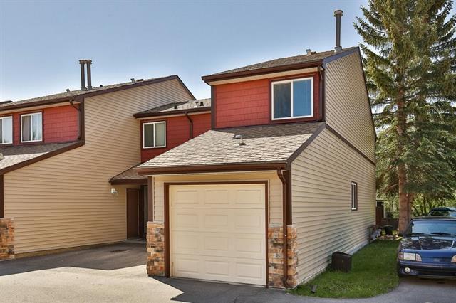 41 Glenbrook Crescent #16, Cochrane, AB T0L 0W3 (#C4194645) :: Redline Real Estate Group Inc