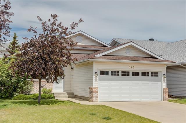 373 Citadel Hills Circle NW, Calgary, AB T3G 3V7 (#C4194658) :: Your Calgary Real Estate