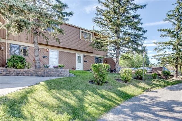 4940 39 Avenue SW #14, Calgary, AB T3E 6M7 (#C4194665) :: The Cliff Stevenson Group