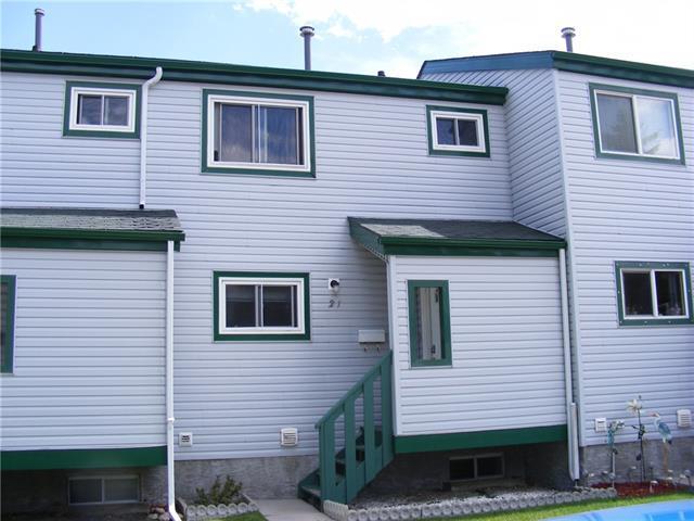 131 Templehill Drive NE #21, Calgary, AB T1Y 4T1 (#C4194698) :: Your Calgary Real Estate