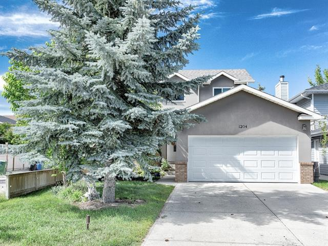 1204 Sunvista Way SE, Calgary, AB T2X 3G1 (#C4194735) :: Tonkinson Real Estate Team
