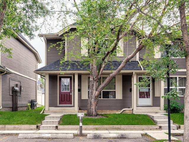 530 Queenston Gardens SE, Calgary, AB T2J 6R2 (#C4194783) :: Tonkinson Real Estate Team