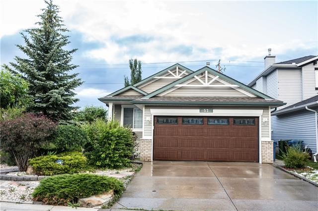 52 Chapalina Crescent SW, Calgary, AB T2X 3R8 (#C4194878) :: Tonkinson Real Estate Team