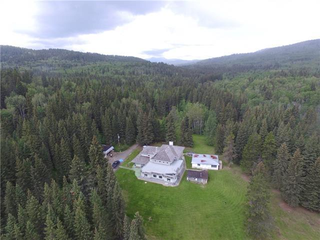 233107 Wintergreen Road, Bragg Creek, AB T0L 0K0 (#C4194949) :: The Cliff Stevenson Group