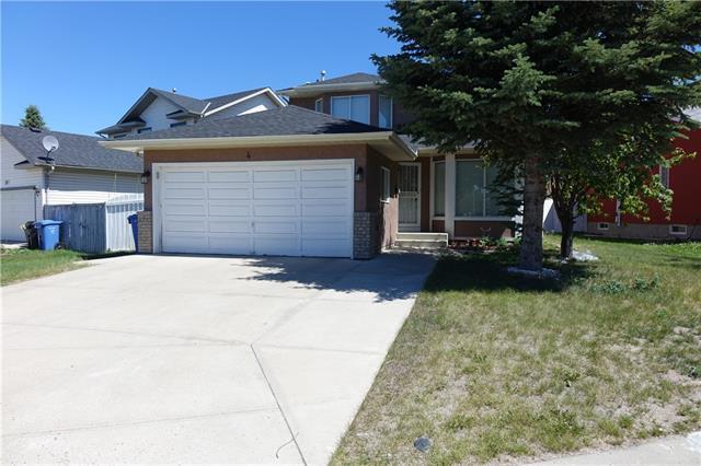 4 Del Ray Crescent NE, Calgary, AB T1Y 6V8 (#C4195006) :: Carolina Paredes - RealHomesCalgary.com